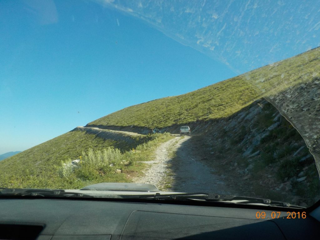 Οδική διαδρομή χωριό Καλύβια - καταφύγιο Χρηστάκη